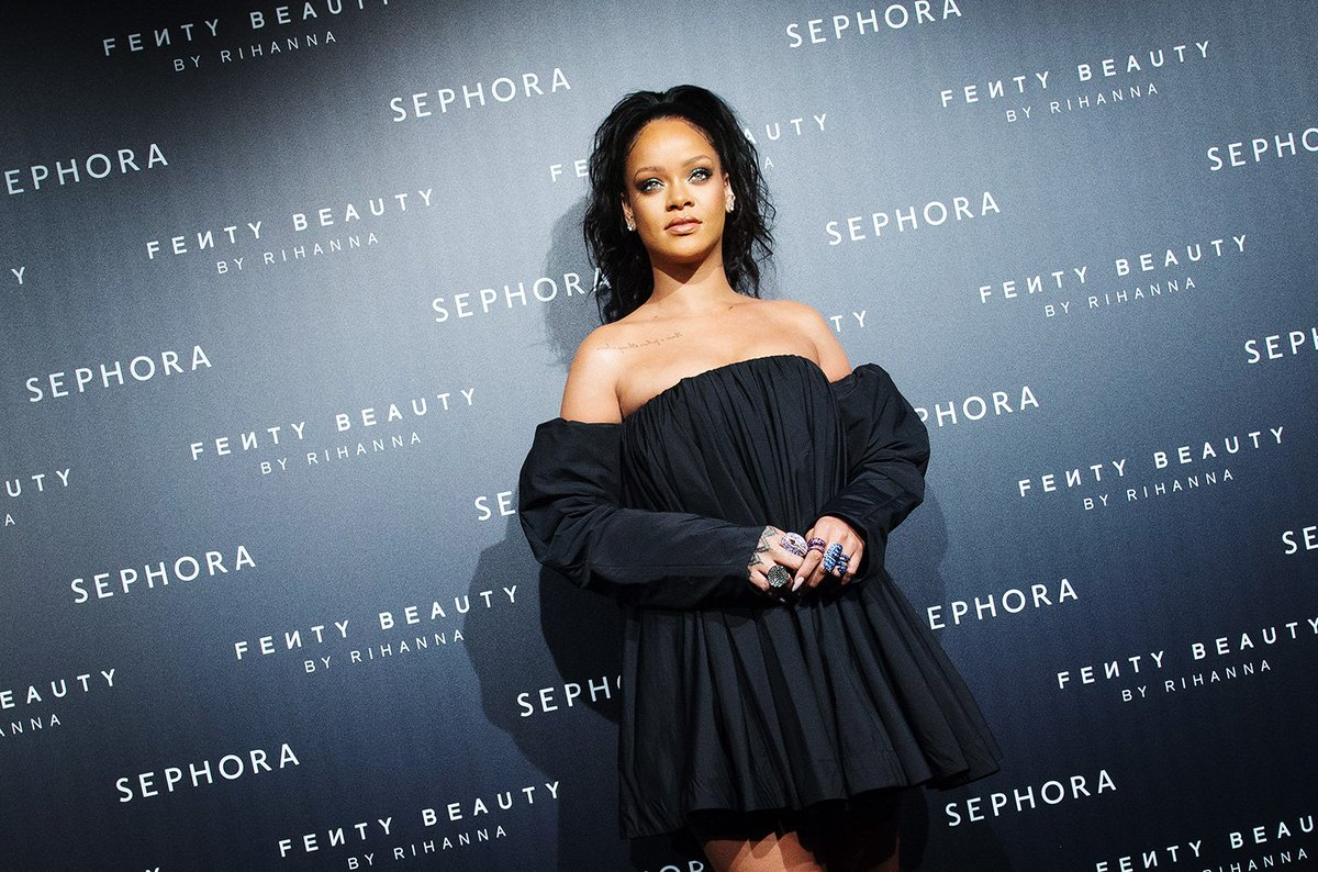 """Rihanna has scored a record *eighth* No. 1 from """"ANTI"""" on the #DanceClubSongs chart  http:// blbrd.cm/PR36hD    <br>http://pic.twitter.com/yNwioohn6K"""