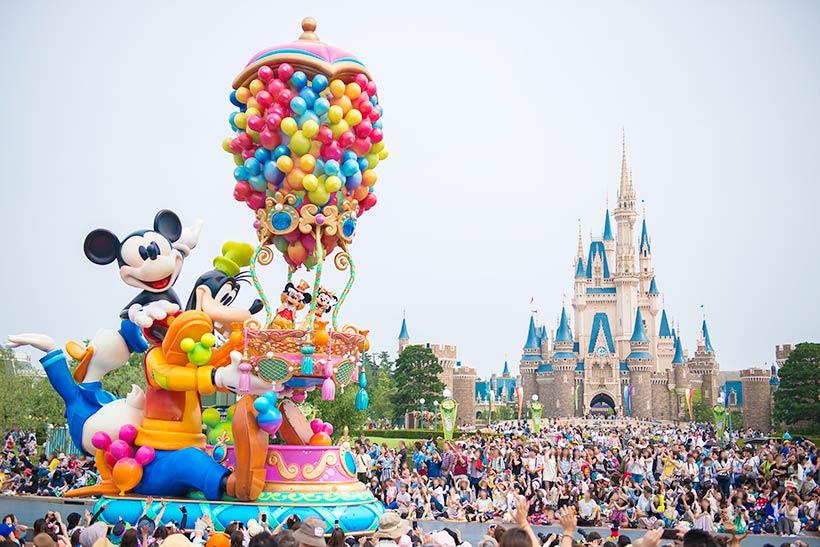 【最後にもう1度!「ハピネス・イズ・ヒア」は4月9日まで!】 2013年4月にスタートした東京ディズニーランドのお昼のパレード「ハピネス・イズ・ヒア」。いよいよ4月9日をもって公演を終了します! みなさんも最後にもう1度、「ハピネス・イズ・ヒア」を楽しみませんか?>> https://t.co/GSe4Vk3KRy