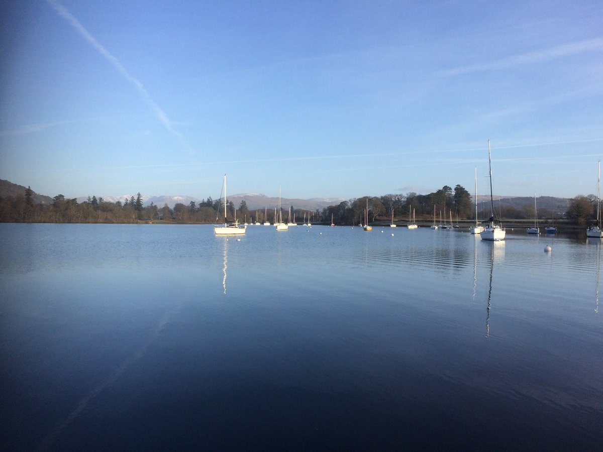 Beautiful school run this morning https:...
