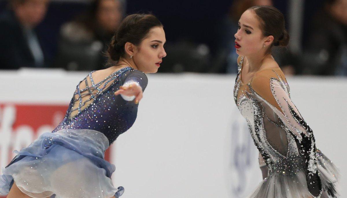 Фантастические девчонки: Евгения Медведева завершила короткую программу Олимпиады с мировым рекордом 81,61, через несколько минут Алина Загитова его улучшила, набрав 82,92 балла