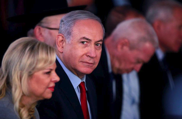 Confidant of #Israel 's #Netanyahu turns state's witness in corruption case: Media  https://t.co/teIhvsKEx3