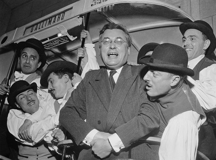 Le 21 février 1903 naissait Raymond Queneau. A cette occasion, réécoutez cette archive de 1947 : il présentait une anthologie à la fois littéraire, savante et drôle. Amusez-vous bien en apprenant beaucoup avec lauteur de Zazie dans le métro !  franceculture.fr/emissions/les-…