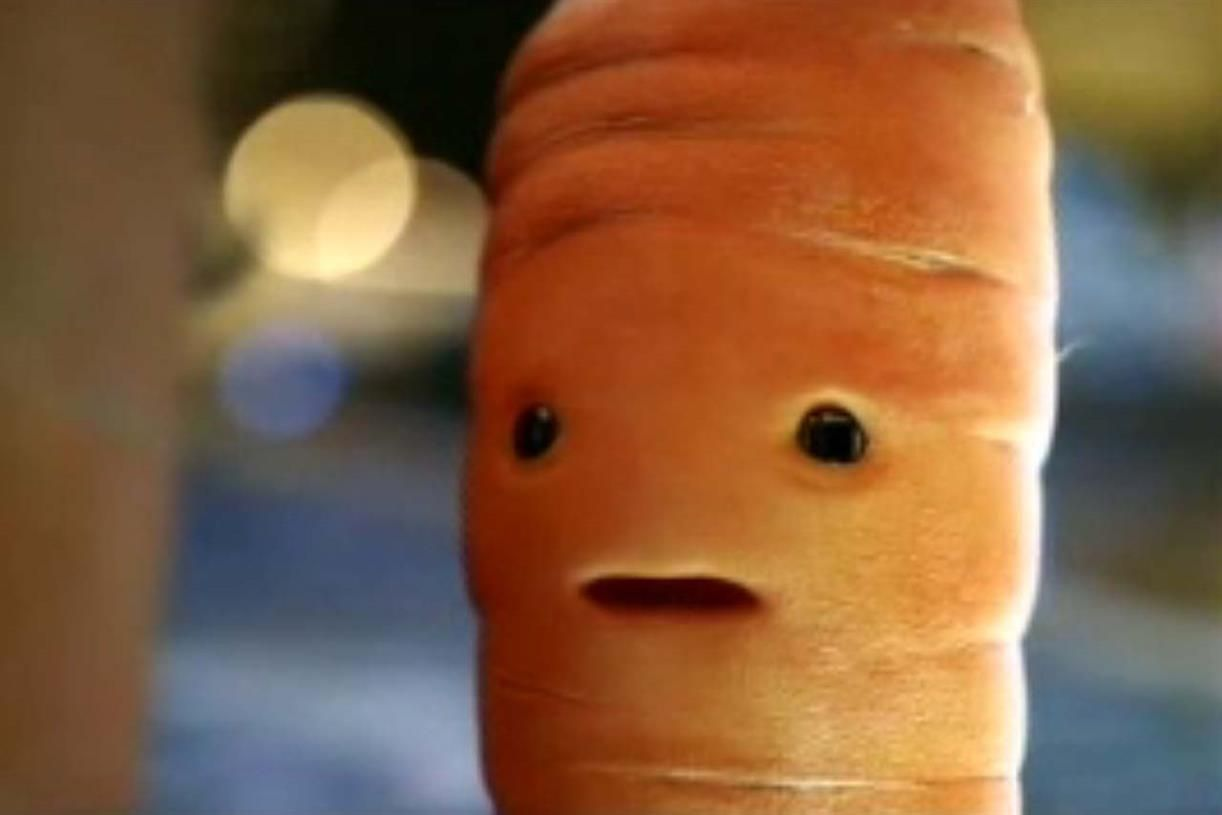Aldi booze ad with Kevin the Carrot #banned by #ASA https://t.co/SferLVWbt3 by @simongwynn https://t.co/GCKsrhLJL6