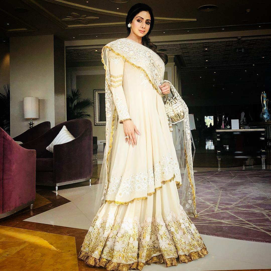 Timeless and elegant, @SrideviBKapoor looks regal in a classic #ManishMalhotraLabel Cotton Couture 2018 creation.   @ManishMalhotra  #ManishMalhotra  #AntuMoh