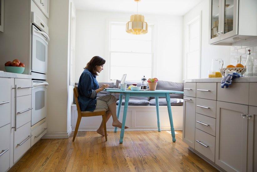 100 Companies Offering Work From Home Jobs in 2018 https://t.co/aZKoMXmjF4