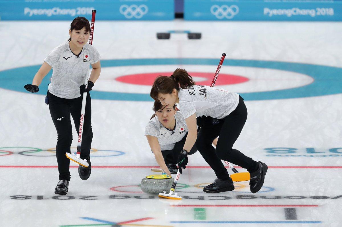 #カーリング 女子日本代表は、スイス代表との試合で4-8で惜しくも敗れましたが、アメリカ代表がスウェーデン代表に敗れたため準決勝進出が決まりました 日本代表はオリンピック史上初のベスト4です ✨ @Japan_Olympic #PyeongChang2018 #olympics