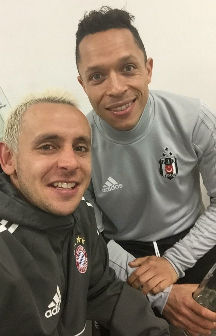 Rafinha Official's photo on Besiktas