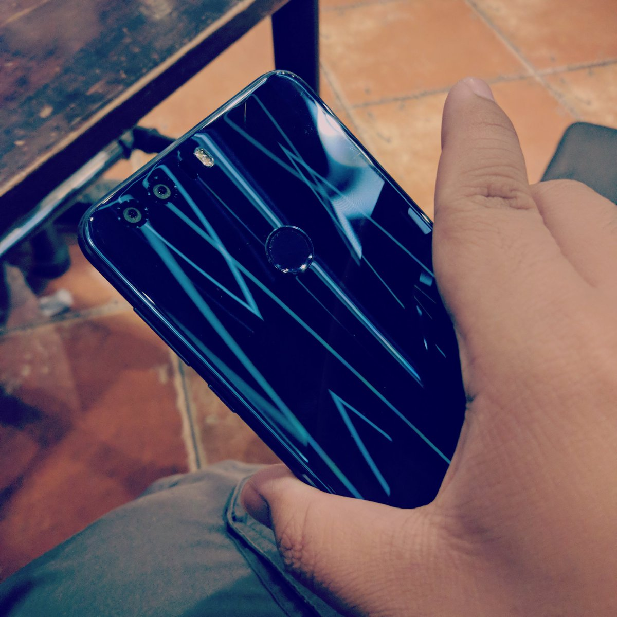 honor8 hashtag on Twitter