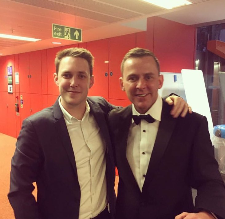 Off to the @brits with @chris_stark I know what you're thinking ... who are you wearing? @marksandspencer yassss😉 https://t.co/72xnKblXtS