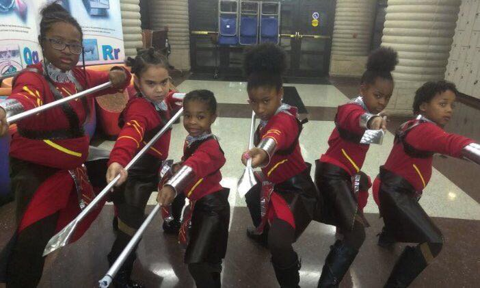 #BlackPanther cosplay communities are 🔥! Welcome to Wakanda @mamaayi1, @usualrangers6 & @ugo_ano. #WakandaWednesday