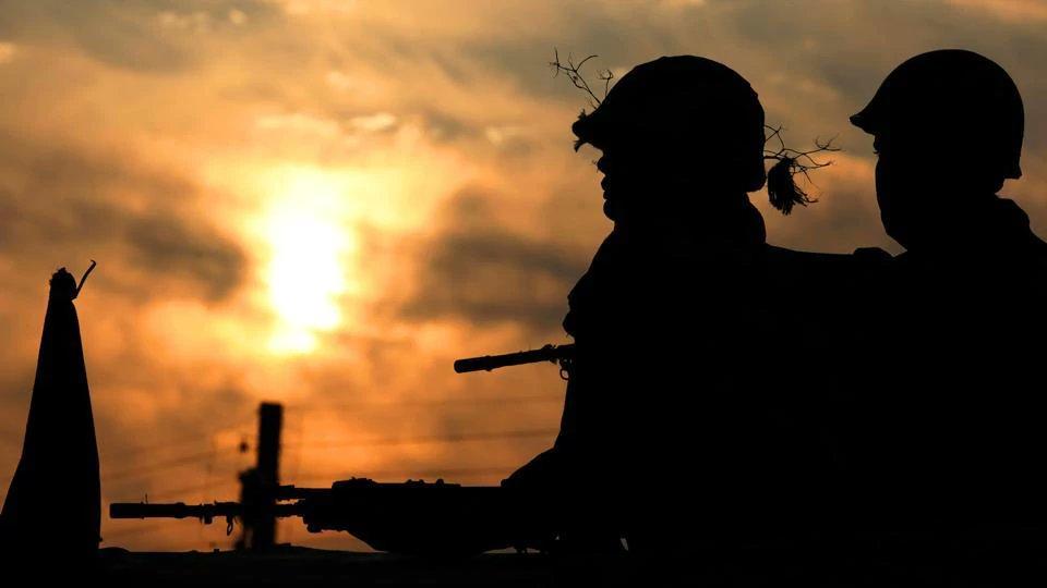 Militant hideout busted in J-K's Kishtwar, detonators, arms recovered https://t.co/W34L9hSxny
