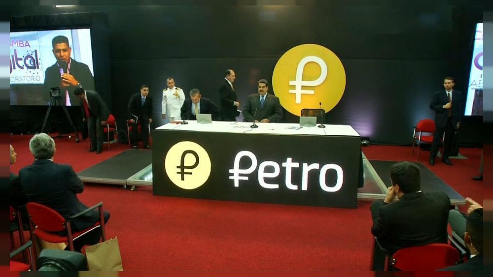 Maduro asegura que el Petro despega con...