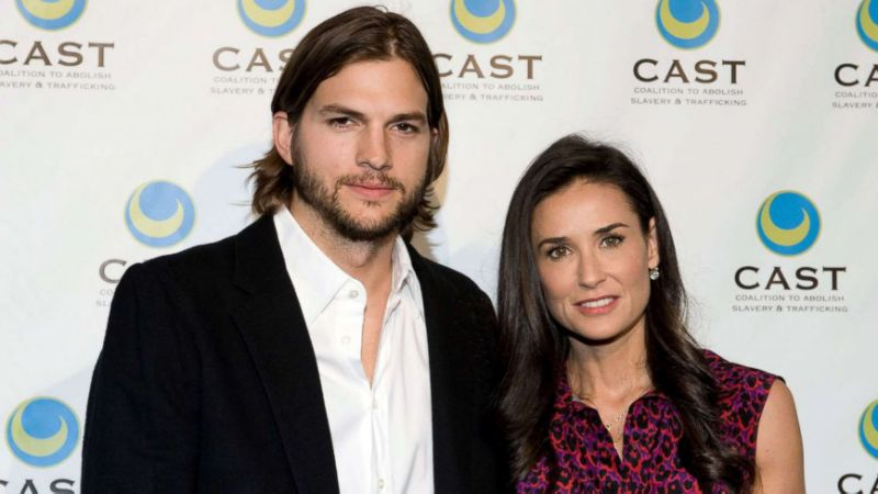 After his divorce with Demi Moore, Ashton Kutcher didnt eat for a week: yhoo.it/2EIBJMj