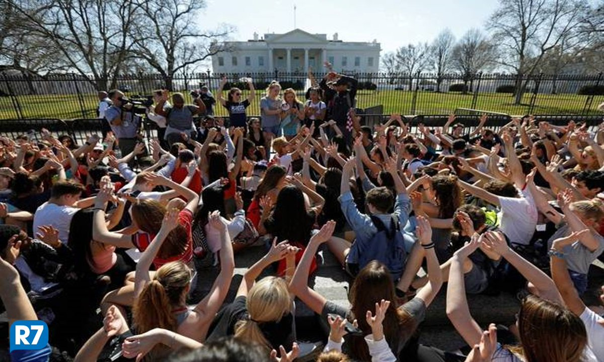 EUA: Estudantes e parlamentares discutem controle de armas https://t.co/Rt26fO1lqj