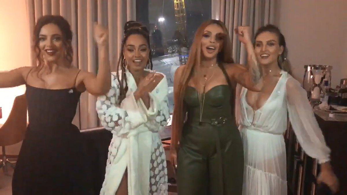 The video vote for British Video has OPENED! Guys… weve come this far, lets make this happen 😭❤️️ You lot have been UNREAL so far…. U-N-R-E-A-L 🎖 Tweet #BRITVOTELITTLEMIX xx the girls xx