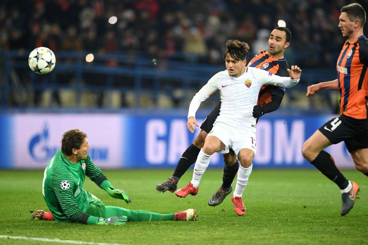 📸 The moment Cengiz Ünder gave Roma the...