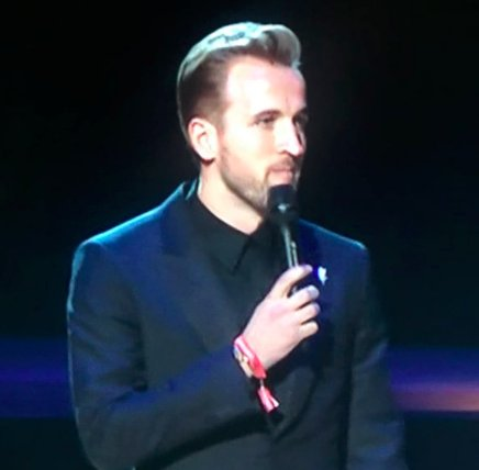 QUOTE: @jackwhitehall introducing @HKane to the @brits:  🗣 'The next presenter is a Tottenham striker, meaning the award he's presenting is the only trophy he's getting his hands on this season.' 😱🔥
