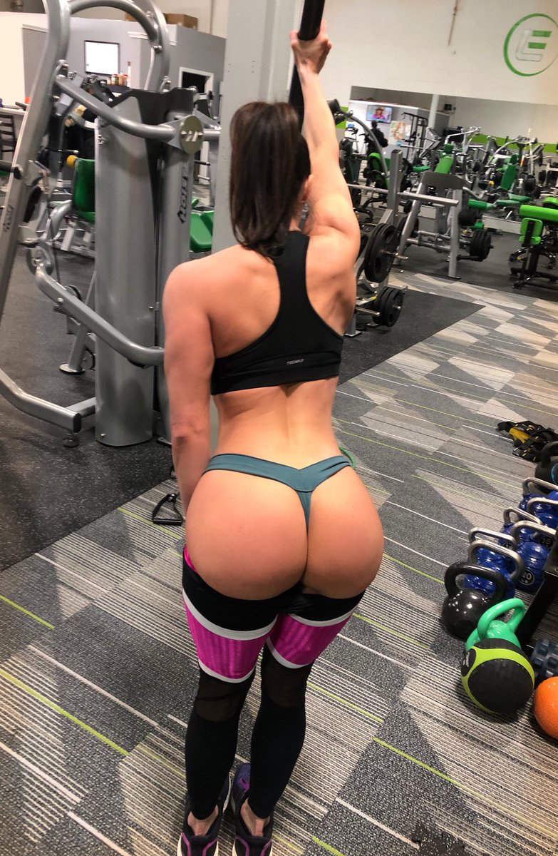 Kendra Lust  - Happy humpday gymmotivation lustarmy twitter @KendraLust