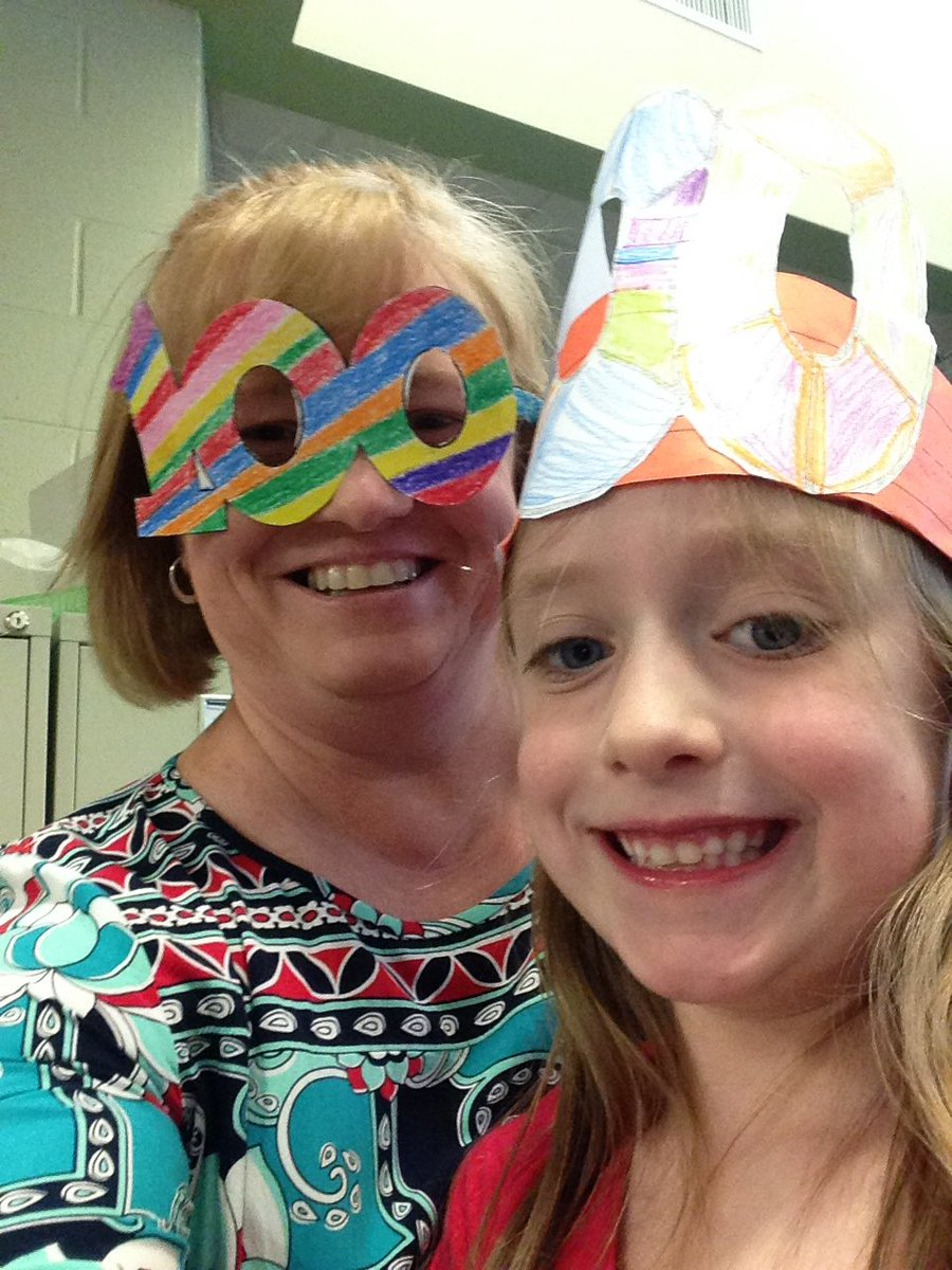 We love the 100th day!!! #hesteach #spsk12proud