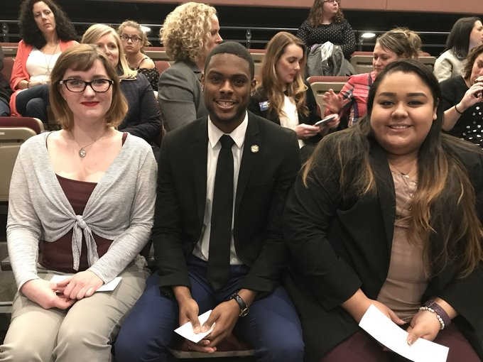 #UISedu students Megan Swett, Aaron Boyd and Crystal Terrazas will be asking the candidates questions at tonight's Democratic gubernatorial debate at UIS. The debate is sponsored by @SJRbreaking and @NewsTalkWMAY. #twill https://t.co/z3qD4bHVkA