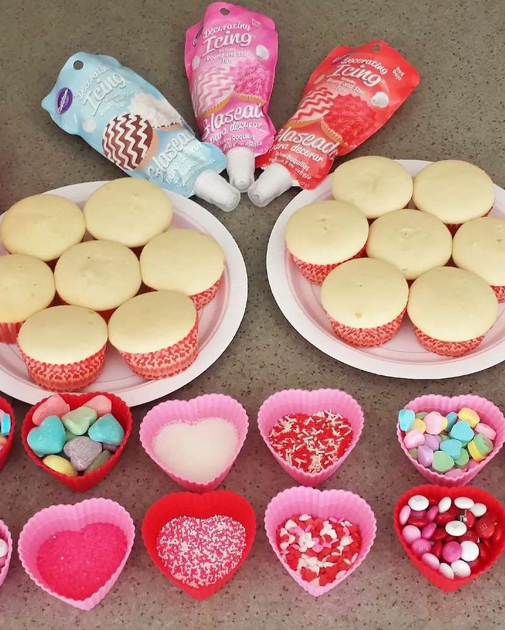 New post (Cupcake decorating at a Valentines Day party! See more party planning ideas at ...) has been published on Happy Valentine Day - happy-valentinesday.info/cupcake-decora…