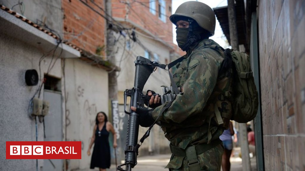 Intervenção no Rio: Procuradoria diz que mandado coletivo pressupõe que moradores de bairros pobres são 'naturalmente perigosos' https://t.co/uQIsp7CxDD