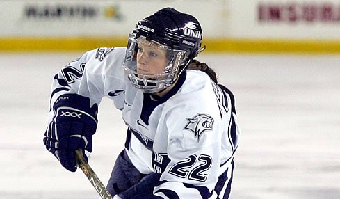 Congratulations to Kacey Bellamy &#39;09 and the entire Women&#39;s @usahockey team for bringing home the #Gold medal! #WinterOlympics #GoTeamUSA<br>http://pic.twitter.com/mJZ2BF145X