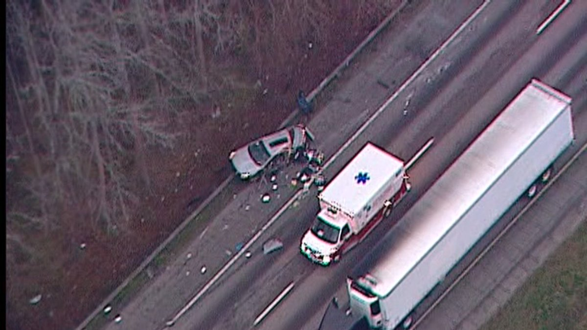 TRAFFIC RED ALERT: Big rig wreck...I-20/wb between Thornton Rd. and Lee Rd. All lanes blocked in Douglas Co. @mckayWSB is the only reporter over the scene. Live updates on @wsbradio. #ATLtraffic