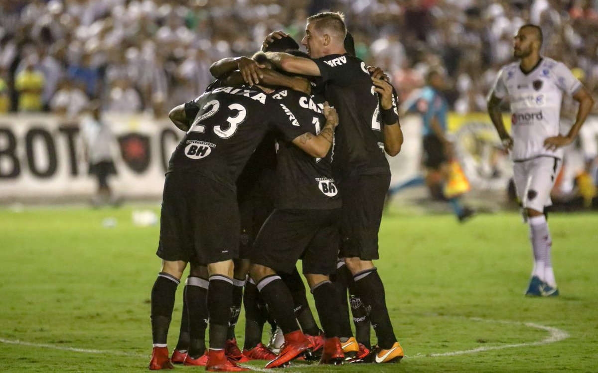 🇧🇷 Copa do Brasil l O Atlético Mineiro foi até à Paraíba e goleou o Botafogo por 0-4. Gols de Ricardo Oliveira, Luan, Cazares e Róger Guedes. Rómulo Otero deu três assistências na partida