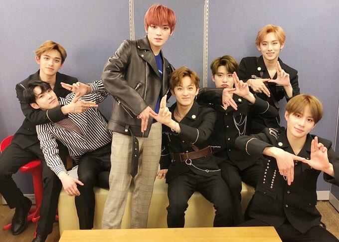 ก็ว่า ทำไมมือแจฮยอนแปลกๆ แงงง มือน้องแทย...