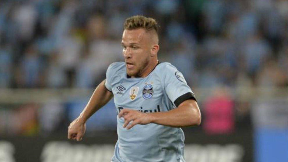 Arthur admite: Con el Barça está todo bien encaminado marca.com/futbol/barcelo…