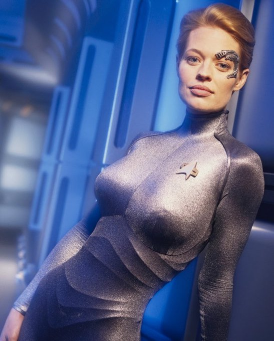 Happy Birthday, Jeri Ryan!