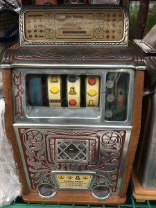 Caille Bros Rare 4-Reel Superior Jackpot Slot Mach