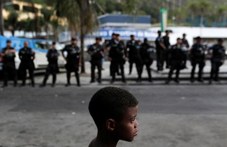 Brasil lidera número de mortes de diverso grupos de pessoas em 2017, indica Anistia Internacional https://t.co/Ehxd5p2UQu