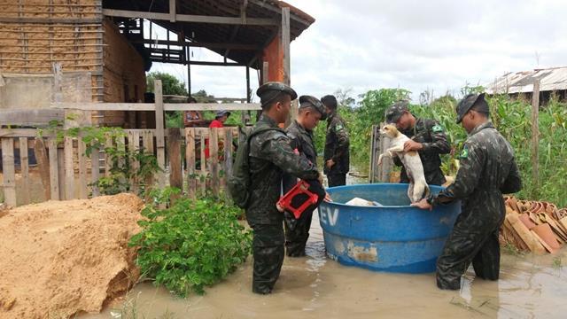 Com nível dos rios de Marabá subindo, Exército aumenta quantidade de militares para o apoio à população. https://t.co/GpRQZFeiMz
