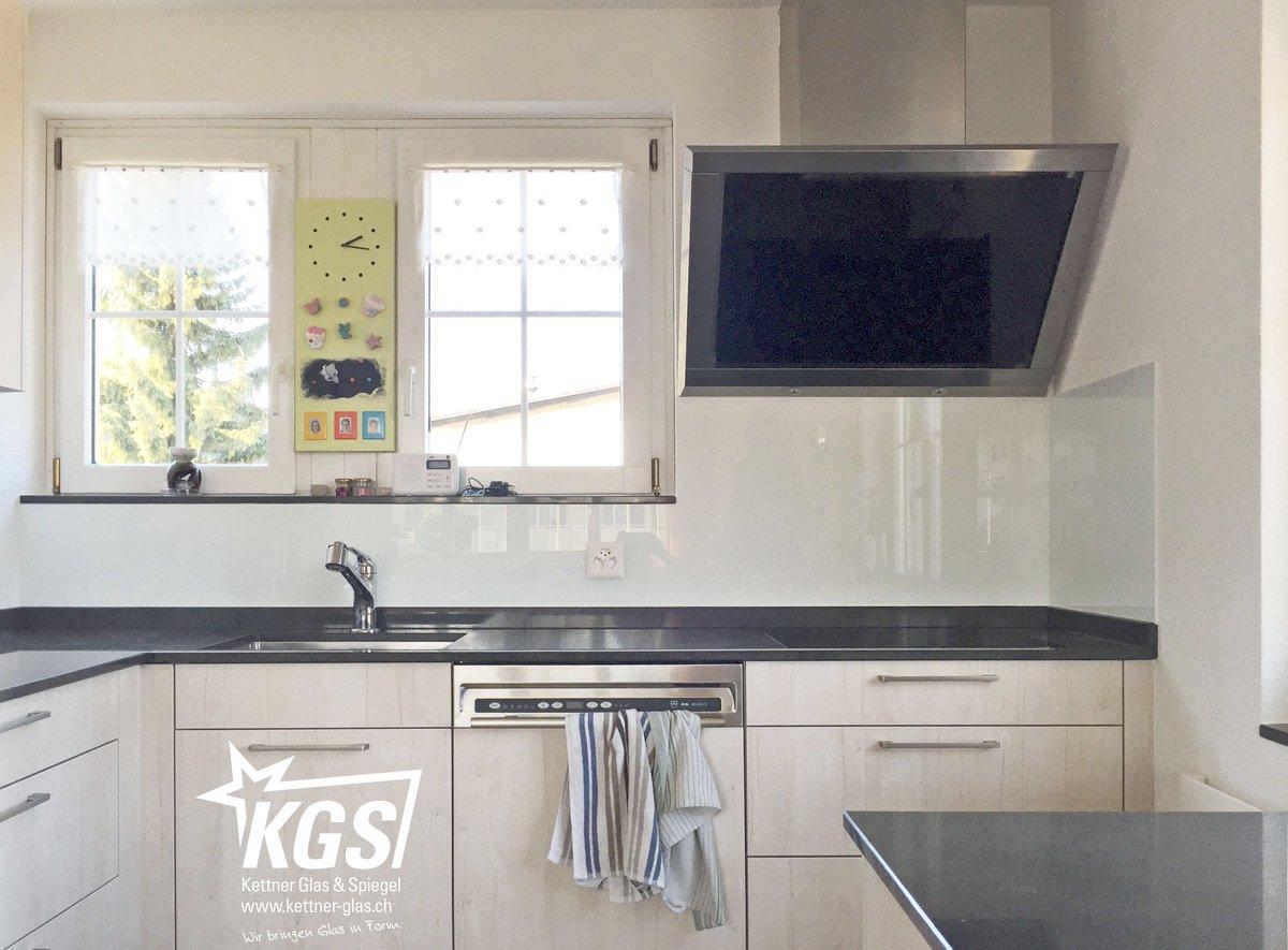 Outdoorküche Klappbar Reparieren : Milchglas küchenrückwand. l küche mit kochinsel kleine schwarze