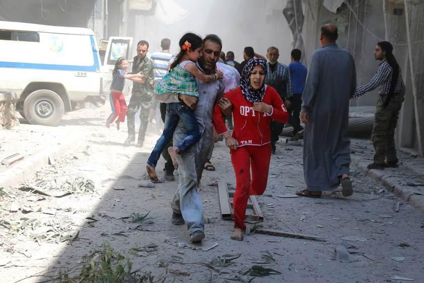 🔴 INFO - #Syrie: La Ghouta orientale reste sous le feu nourri des bombardements du régime de Bachar el-Assad au cinquième jour de cette opération aérienne qui a déjà coûté la vie à plus de 400 civils, tués en cinq jours de frappes aériennes et de tirs d'artillerie.'
