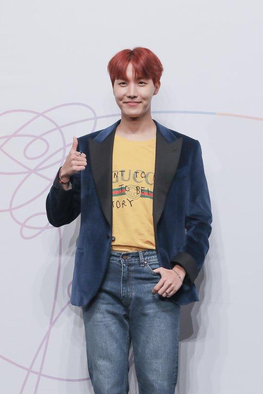 """방탄소년단 측 """"제이홉, 첫 솔로 믹스테이프 3월 2일 발매 확정""""(공식..."""