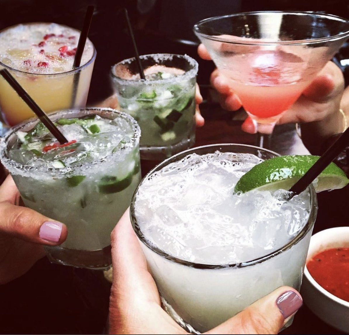 test Twitter Media - Happy #NationalMargaritaDay friends!  We'll be celebrating at Javier's in our lil home of Laguna Beach. 🌴🍹 https://t.co/5aNDi5Erto