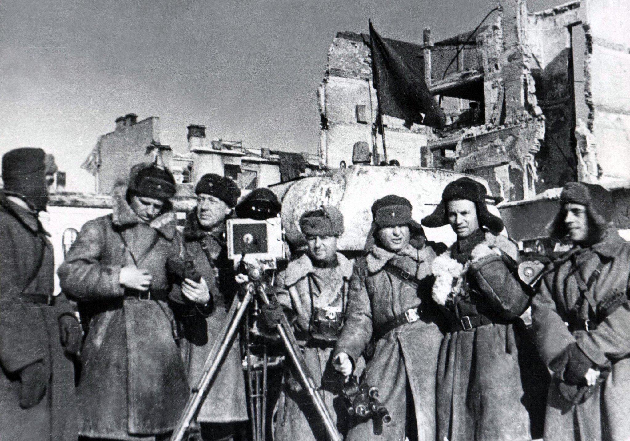 девушка фото военных корреспондентов г-образные элементы