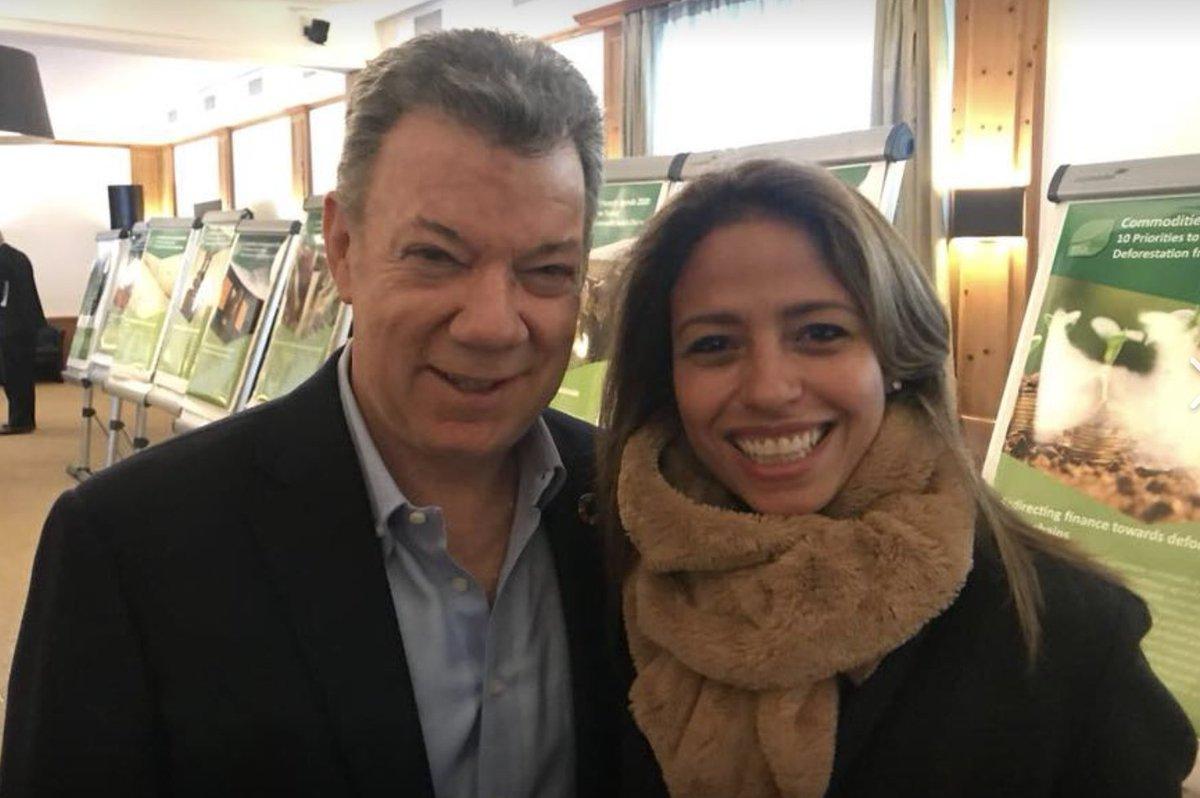 test Twitter Media - #tbt Nuestra asistencia al World Economic Forum 2018 en #Davos en donde tuvimos la oportunidad de conversar sobre #Colombianitos con nuestro Presidente. https://t.co/aBGL8ZO0Zq
