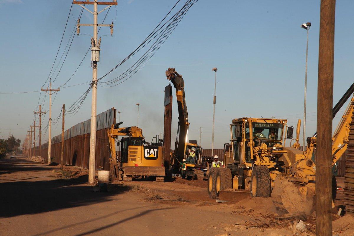 Reemplazo de la valla fronteriza en Calexico, California