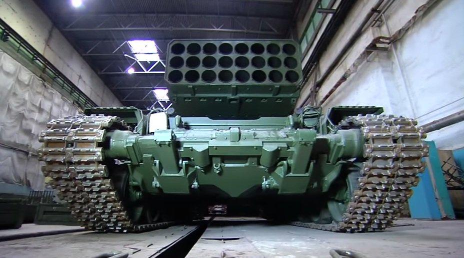 الجزائر اشترت من روسيا راجمات الصواريخ TOS-1A  DWqv0wHW0AACPlJ