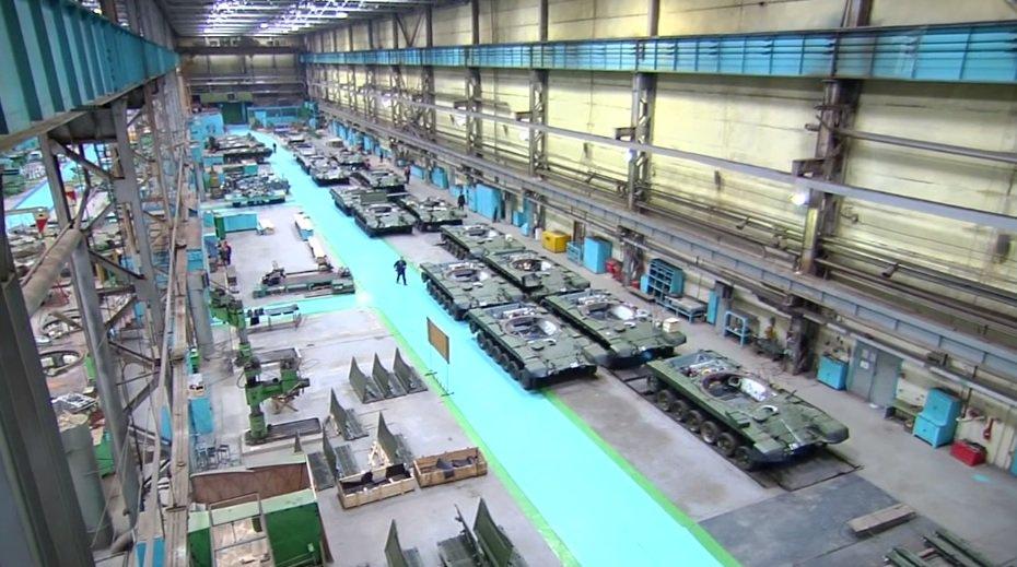 الجزائر اشترت من روسيا راجمات الصواريخ TOS-1A  DWqv11aWkAQk_fb