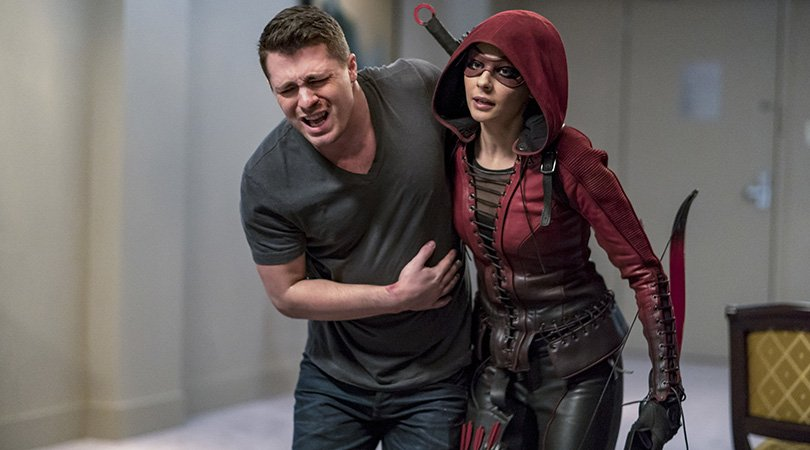 Roy returns and Thea is back in her Speedy suit in new #Arrow photos! https://t.co/B2xtoMqLaC