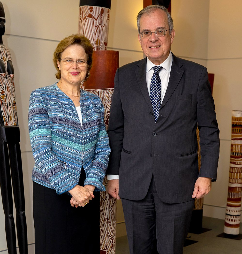 Secretary Adamson welcoming French counterpart @francediplo_EN Secretary General Gourdault-Montagne to Canberra. #France is a key strategic partner in promoting an international rules-based order @FranceAustralia 🇦🇺🇫🇷