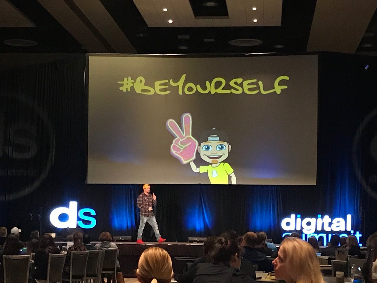 .@iSocialFanz bringing @DigSumPHX home with the single MOST IMPORTANT message of the week. #BeYourself. Real... actual... AUTHENTICITY is vital.    Be active. Engage. Create value. Forge relationships.   #DSPHX #DigitalMarketing #SocialMedia #socialmediamarketing #smm<br>http://pic.twitter.com/BCludCFPgk