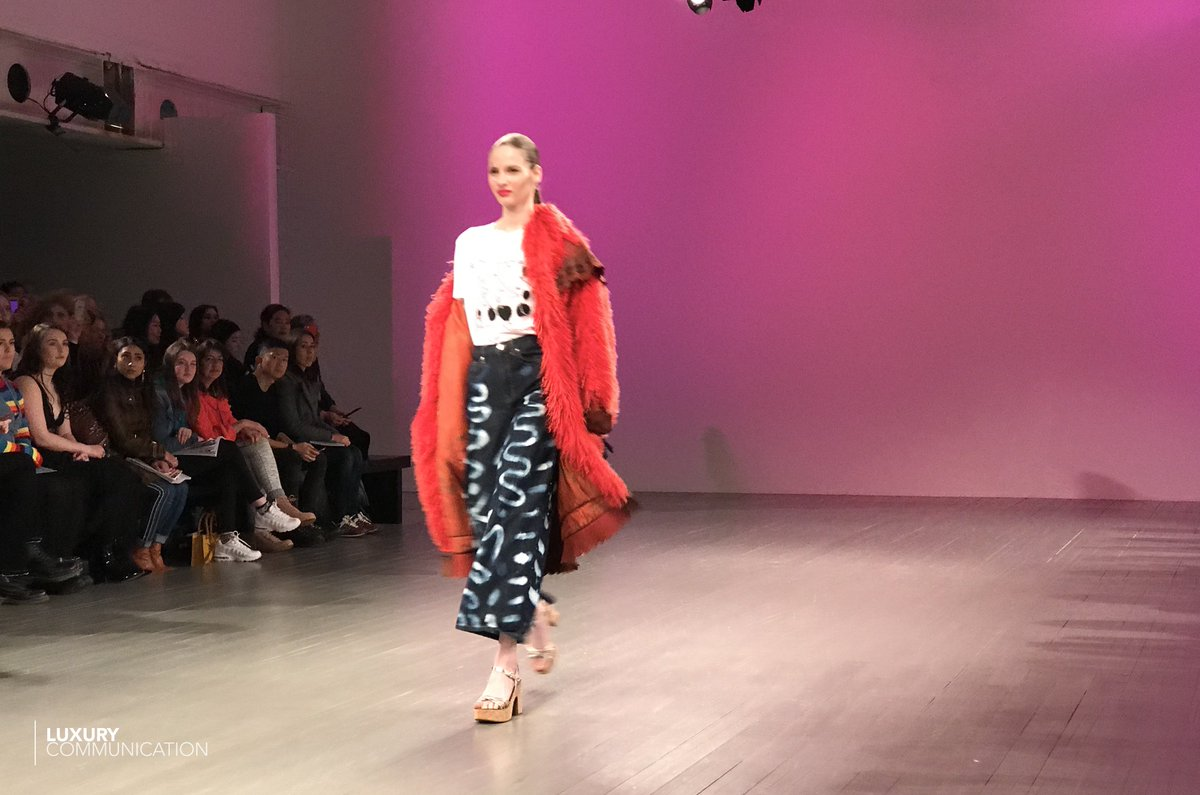 To acquire Teams topshop twitter lfw show pictures trends