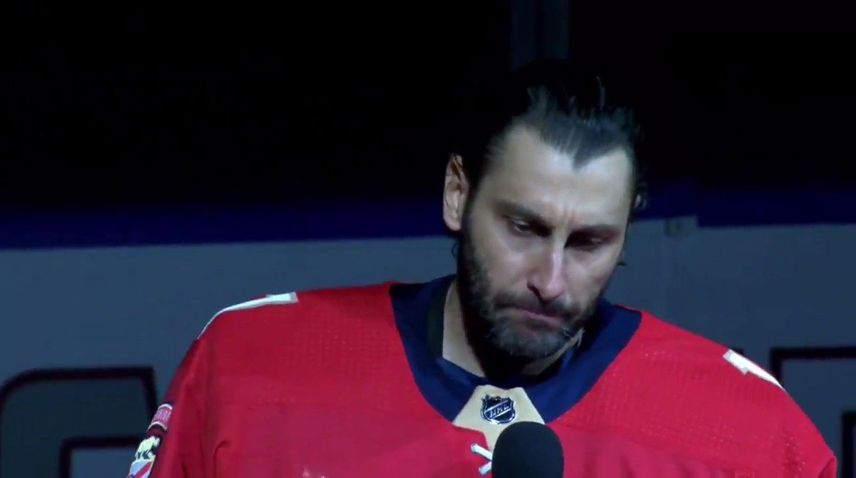 Florida Goalie Roberto Luongo Pays Tribute To Parkland Shooting