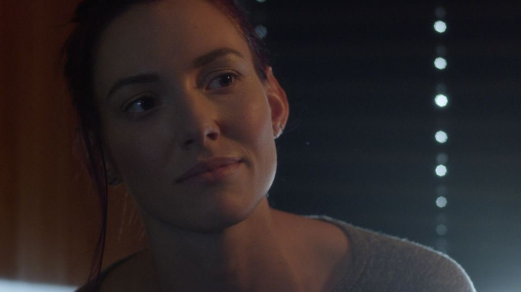 We're confused by Alannah tonight... is she comforting Avery or coming on to him? #NashvilleCMT @TheRaineeBlake